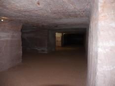 Zeltplatz unterirdisch