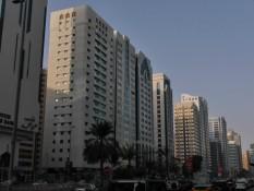 Straßenbild Abu Dhabi