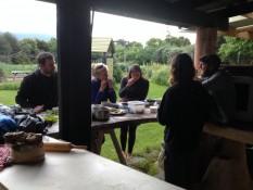 mit den anderen wwoofern im community garden takaka