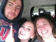 Zu viert auf der Vorderbank - Four people sitting on the frontseats