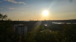 Sonnenuntergang vor der Masthugskyrkan - Sunset in front of Masthugskyrkan