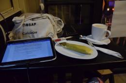 Ich beim Blog schreiben ;-)