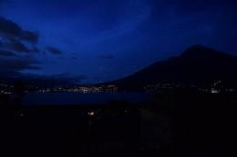 Lago San Pablo de noche