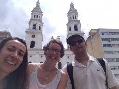 La catedral de Bucaramanga con Carolina y Jorge