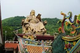große Statue vom chinesischen General Guan Yu