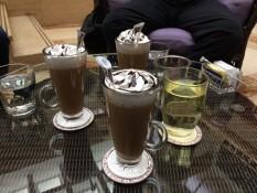 Mokka für 7,67€ und Tee für 11,50€