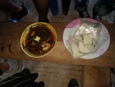 Yams mit Kontombre-Stew