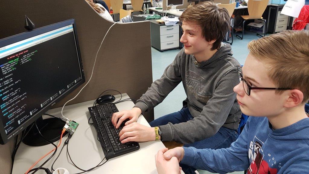Leo (links) und Kalle