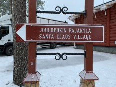 Santa Claus Village - ja, hier sind wir richtig!