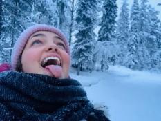 Bisschen Schnee essen