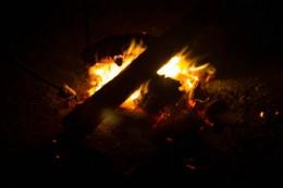 Marshmallowrösten übern Lagerfeuer