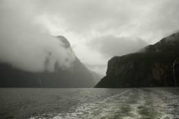 Im Nebel sind die Milford Sounds doch sehr überzeugend, nicht?