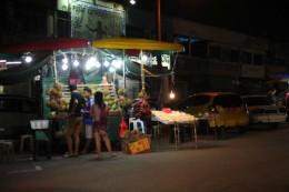 Durian-Verkauf am Straßenrand