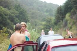 Nur mit dem Auto kommt man zum geheimen Wasserfall