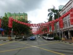 Hauptstraße in China Town mit Lampions