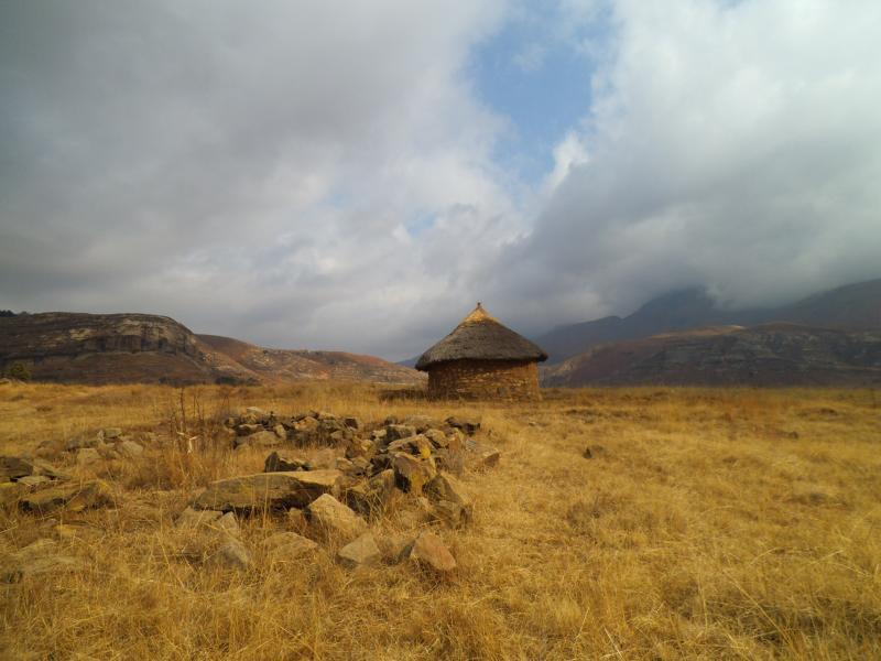 Typisches Rundhaus in Lesotho