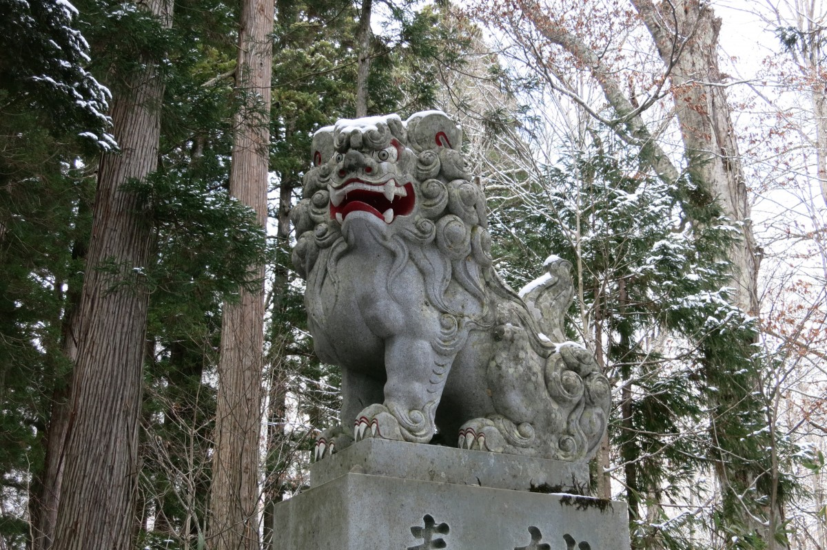 Wächter beim oberen Tempel in Togakushi
