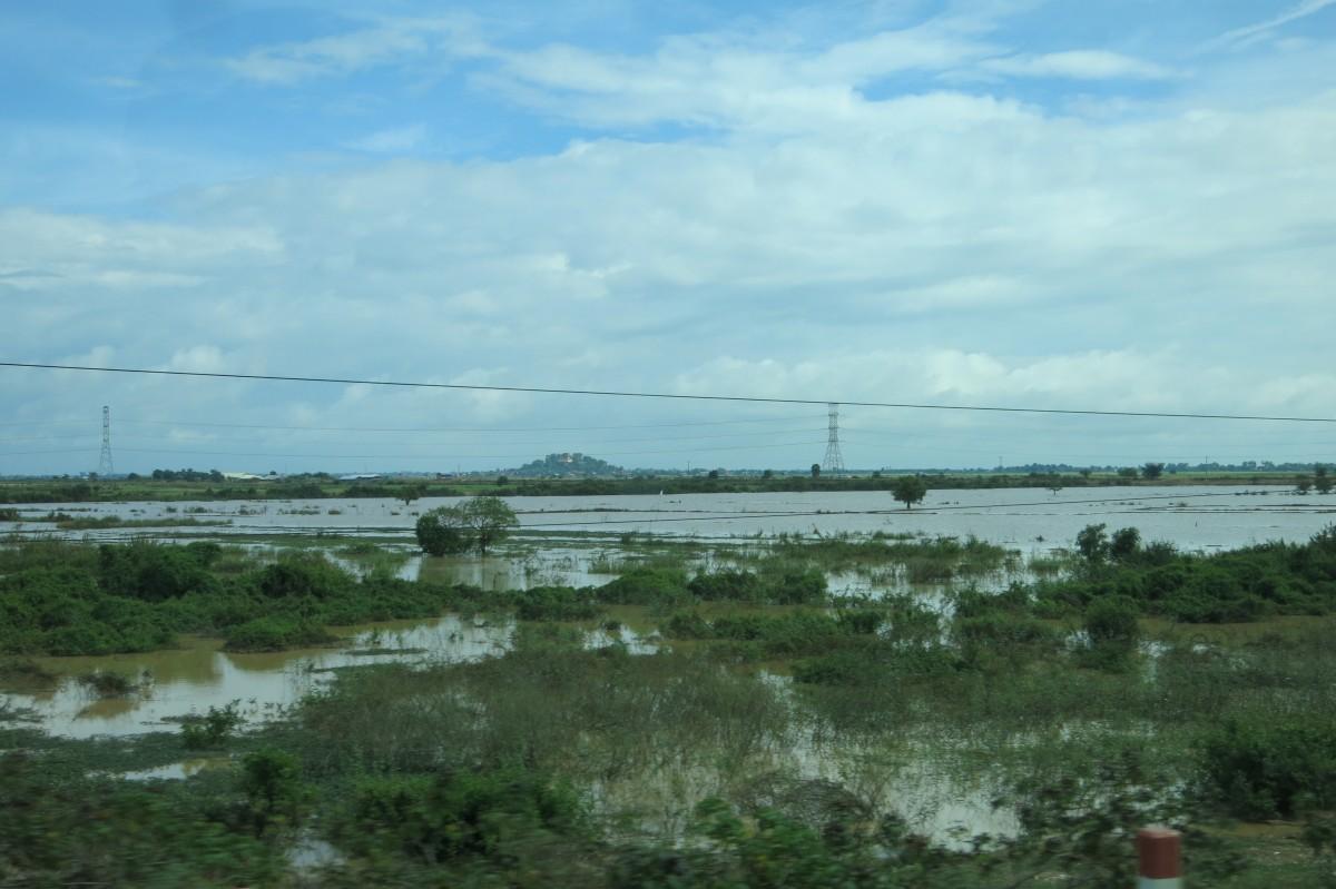 Kambodscha - Königreich des Wassers (vom Bus nach Siem Reap aus)
