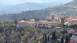 Ausblick auf das 5* San Domenico Palace Hotel