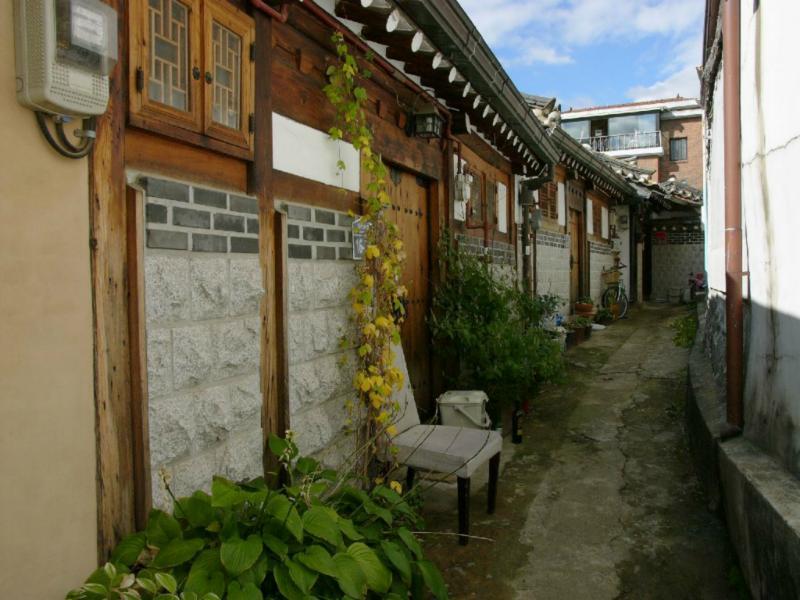Typische kleine Gasse in Bukchon