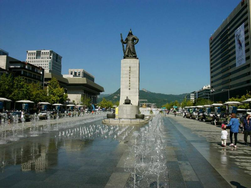 General Yi Su-Jin Statue