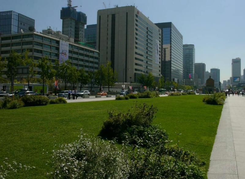 Blick von Gwanghwamun Plaze nach Süden
