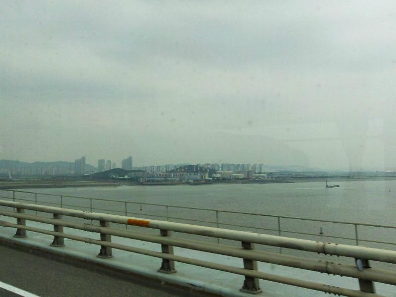 Incheon Airport liegt auf einer künstlichen Insel