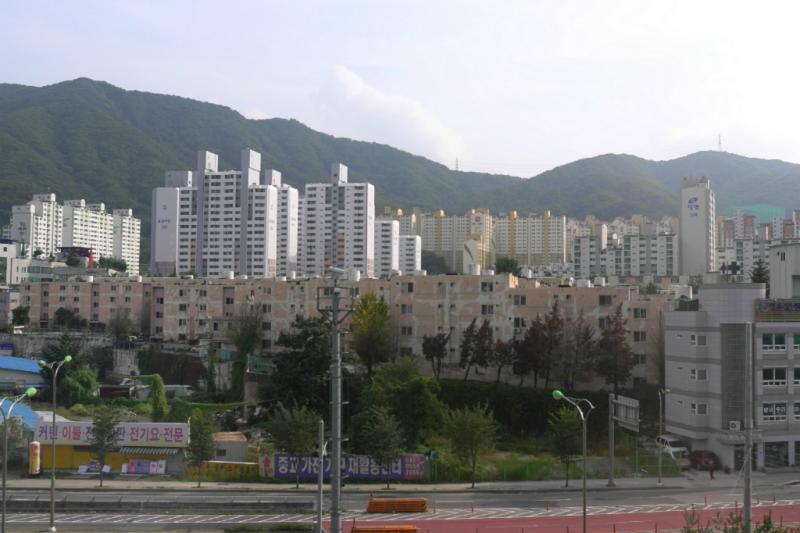 Typische Bauten der Trabantenstädte