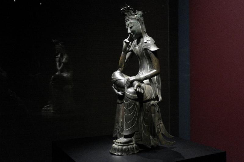 Mein Highlight: der Miruk-Buddha in Denkerpose
