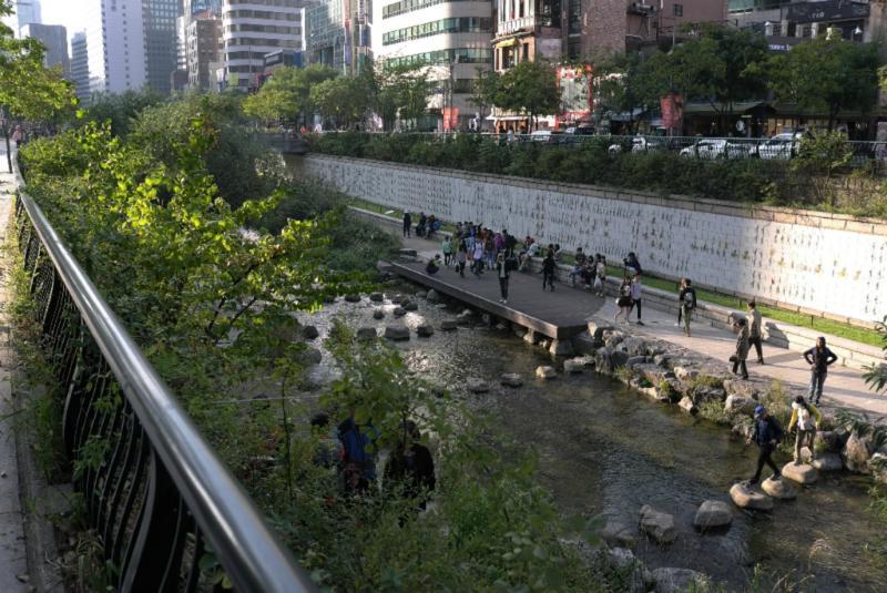 Nahe des Changgyecheong gelegen...