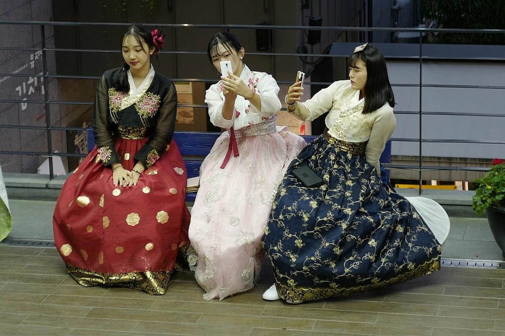 Mädchen im Hanbok - ein neuer Trend!