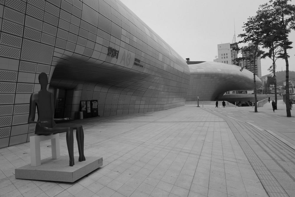 Dongdaemun Desion Plaza (DDP)