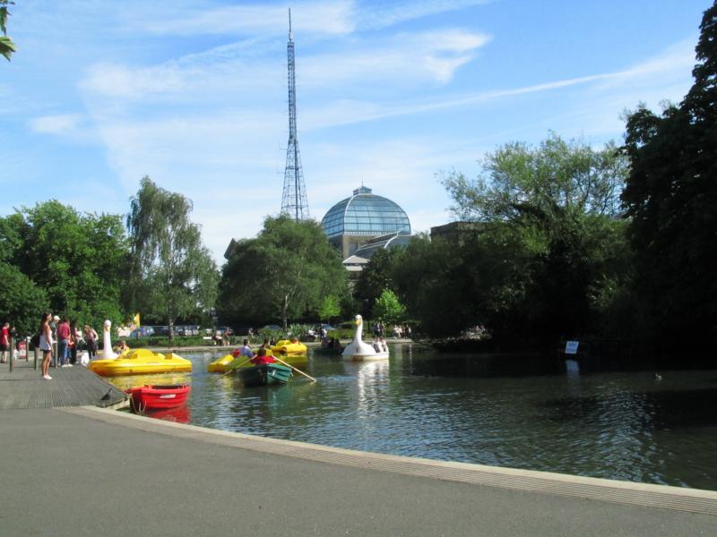 Alexandra Palace mit See