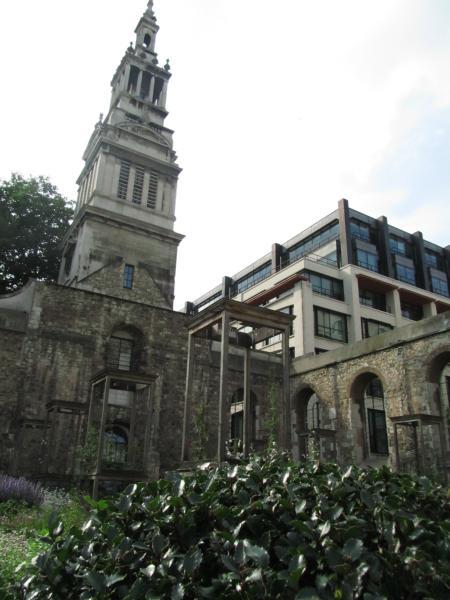 Alte umfunktionierte Kirche