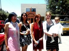 (V.l.n.r.) Meine Gastmama, meine Gastschwester, Kiaras Mama, Valerie und Kiara
