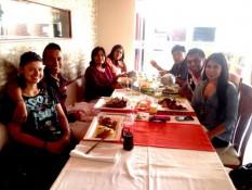 Mittagessen mit Emersons Familie